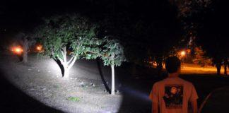 tactical flashlight high lumens
