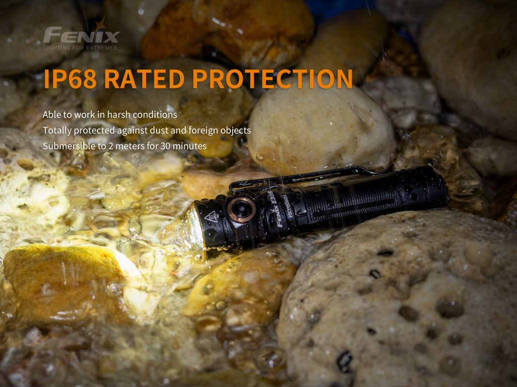 durable fenix flashlight e30r